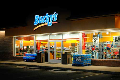 Bucky 39 s bing images for Convenience store exterior design